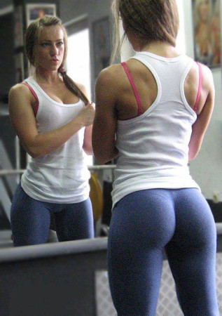 sexy-girl-yoga-pants-e1459436768532