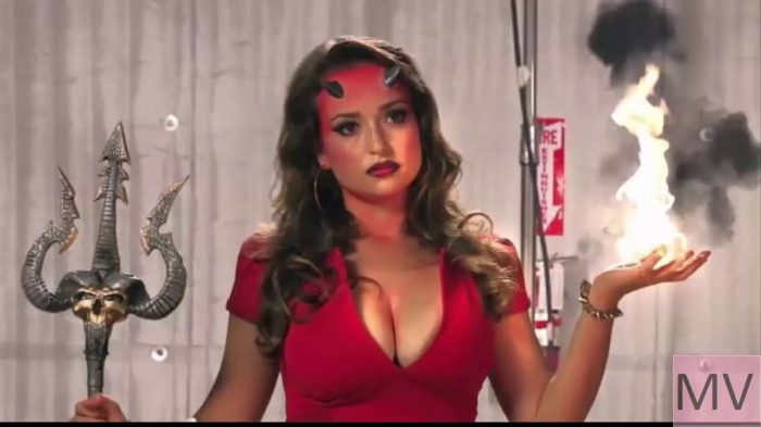 Woman From Viberzi Commercial   who is that hot ad girl