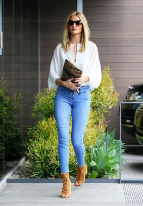 the-new-way-to-wear-skinny-jeans-for-fall-2016-1833320-1468276814-600x0c