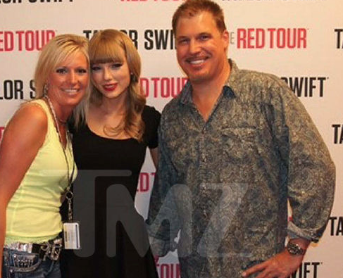 Taylor swift claims she got her tiny butt grabbed cheeseknuckles swift stands between david mueller and another woman at a 2013 meet and greet swift has her arms around mueller and the woman the then dj appears to have m4hsunfo
